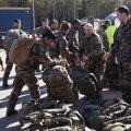 20. märtsi pärastlõunal maandusid Ämaris esimesed Prantsuse kaitseväelased, kes on teeninud Eestis NATO lahingugrupi koosseisus. Nüüd pakivad nad taas kotid ja hakkavad jupphaaval koju tagasi pöörduma.