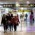 Reisijad Riia lennujaamas.