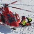 VIDEO | Teadvuse kaotanud USA mäesuusataja viidi MK-etapilt helikopteriga haiglasse