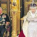 Selles, et üle 17 aasta oli kuninganna saatjaks parlamendis Walesi prints, nähti viidet, et ta hakkab tasapisi ema kohustusi üle võtma.