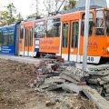 ФОТО: Ремонт трамвайных путей в Копли должен был завершиться в сентябре, но все еще не готов