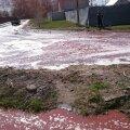 VIDEO: Venemaal kokku varisenud ladu muutis tänavad mahlajõgedeks