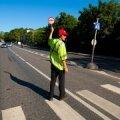 Liiklusreguleerija: abilinnapea Taavi Aas, tahate ehk ise laulupeo liiklust reguleerida?