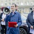 ФОТО   Перед главным зданием Swedbank прошла организованная клиентами и инвесторами акция протеста