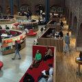 Библиотечный зал в Главной библиотеке Королевского технологического института, Швеция.