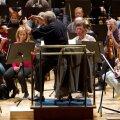 Pärast 30-aastast vahet astus Neeme Järvi täna ERSO ette taas peadirigendina – algas orkestri 84. hooaja esimene proovitsükkel.