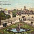 Vaade 20. sajandi alguses Musumäelt Vene turule. Keset tänast Viru ringi asus aastail 1888-1922 Aleksander Nevskile pühitsetud kabel. Näha ka Viru hotelli kohal asunud turuputkad, mis lammutati 1918. Turuplatsil sõidab hobutramm ehk konka.
