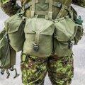 Kaitseväelane täisvarustuses