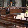 FOTOD: Kölni katedraalis toimus mälestusteenistus Germanwingsi lennukatastroofi ohvritele