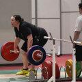 """""""Она даже не ходит на тренировки"""". Как трансгендерная спортсменка Лорел Хаббард переживает скандал вокруг своего участия в Олимпиаде"""
