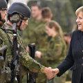 Kantsler Angela Merkel külastab sõjaväelasi