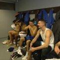 VIDEO   Itaalia korvpallikoondislased joonistasid pärast Eesti võitmist Saku Suurhalli riietusruumi suure peenise