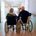Me kõik, kes me loodame elada vanaks, plaanime vaikimisi olla kõrges eas hea tervise juures ja tunda elusügisest rõõmu. Mõnusad vestlused nendega, kes mäletavad samu aegu ja inimesi, on selles võrrandis olulisel kohal.