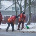 Töömehed talvisel tänaval