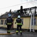 Viljandis hävis tulekahjus elumaja