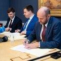 Koalitsioonierakondade esimehed andsid allkirjadega lubaduse püsida oma tegevuses põhiseaduse raamides.