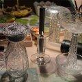 Vanadest klaasnõudest saab teha valgustid.