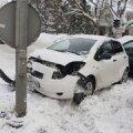 Liiklusõnnetus, milles on muuhulgas süüdi Monika
