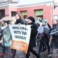 VIDEO ja FOTOD   Loomakaitsjad marssisid Tallinnas, et nõuda karusloomafarmide keelamist