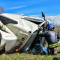 Viljandimaal sõitis lägapütiga veoauto kraavi külili