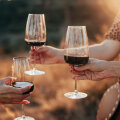 Aasta tähtsaima naistepüha traditsioonid: täna sööme pannkooke ja karaskit ning joome punaveini