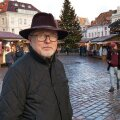 Nii meedias kui ka toitlustuses ja teeninduses töötanud Mikko Savikko on hoiatanud aastaid: Soome turist pole taeva kingitus, tema Eestisse saamiseks on vaja vaeva näha. Nii statistikud kui ka Euroopa kuulsaima – Tallinna jõuluturu kaupmehed väidavad, et Soome turistide arv on tõesti vähenemas.