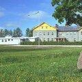 Keskerakondlane Priit Toobal ostis koolimaja ja selgitas edasisi plaane kinnisvaraga