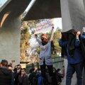 Iraan ähvardab üha kasvava protestilaine maha suruda