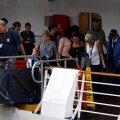 VIDEO: Tormi tõttu Sydney sadamasse pääsu ootama pidanud kruiisilaeval veedeti kaks päeva oksendades