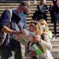 Itaalias, mida koroonaviiruse teine laine praegu armutult laastab, on kohustuslik kanda maski kõikjal – nii vabas õhus kui ka siseruumides.