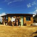 Vabatahtlikud Boliivia orgaanilises farmis. Daniel on vasakpoolne.