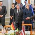 Pärast Baltimaade ja Saksamaa presidentide kohtumist kukkus Riia lossi laest alla lühter
