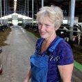 Osaühingu Kirbla loomakasvatusjuht Anne Põldäär töötab 32 inimesega ettevõttes, aga lauta tuleb jagada ka robotitega. Ta on vahel küll mõelnud ametivahetusele, aga kuna ka kodus on loomad, siis pole harjumuspärast tööd mõne muu vastu vahetama hakanud.