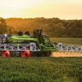 Fendt edendab traktorite ja kombainide kõrval võimsalt ka muu põllutehnika tootmist