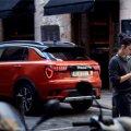Hiinas võeti spetsiaalselt noortele ja uuendusmeelsetele kasutajatele loodud uus autobrändi Lynk & Co  esimene mudel väga hästi vastu.