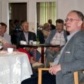 Poliitik Eiki Nestor sai Kiisa inimestega kohe hea kontakti.