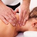Mees muretseb: naine laseb meessoost kolleegil end masseerida. Kas see on põhjus armukadeduseks?