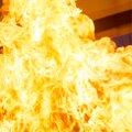 Kilingi-Nõmmel põles klubihoone: helitehnika ning klaver õnnestus välja tuua