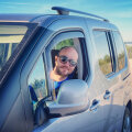 Loo autor Citroen Berlingo roolis, kahed prillid ees