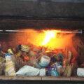 В топку! В России сожгли 180 кг санкционки из Эстонии: сыр, масло, творог, колбасу, паштеты
