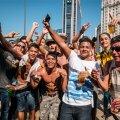 Jalgpalli vaatamine Rio de Janeiro kesklinnas