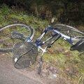FOTO: Võrus hukkus sõiduautolt löögi saanud eakas rattur