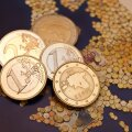 Erakonnad teenisid viimases kvartalis 1,7 miljonit eurot