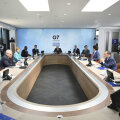 G7 потребовала от России объяснить применение химоружия на ее территории. РФ признана стороной конфликта на Донбассе