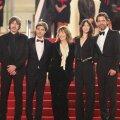 """Staarid Cannes' punasel vaibal: keskel Jane Birkin ja Charlotte Gainsbourg """"Velvet Undergroundi"""" esilinastusel."""