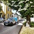 FOTO: Porsche juht parkis Kalamajas terve tänava kinni ja seiskas liikluse piirkonnas mitmekümneks minutiks