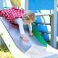 Väikelapse ema ohtlikest mänguväljakutest: laps lasi liumäest alla, kuid hakkas poole peal hüsteeriliselt karjuma