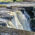 FOTOD: Keila-Joal jäi suur õlitünn joa juures vette kinni