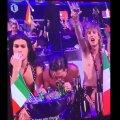 VIDEO   Kas Eurovisioni võitja tõesti tõmbas otse-eetris laua pealt triipu?