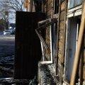 FOTOD ja VIDEO: Sikupillis asuv tondiloss süttis vahetult pärast seda, kui vabatahtlikud hoone ümbruse ära olid koristanud